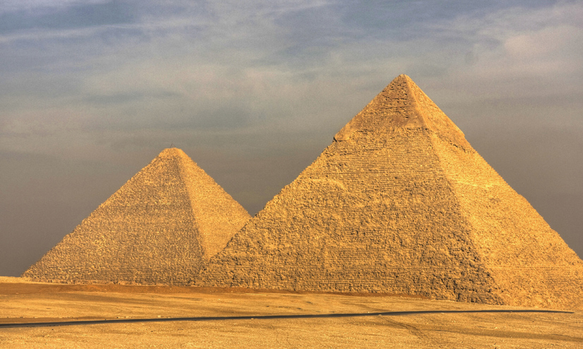 Machines: Building the Pyramids